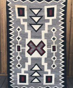 Genuine Navajo Rug Vintage 1940's - 1950's Excellent condition Area: Crystal- Storm Pattern Size: 37